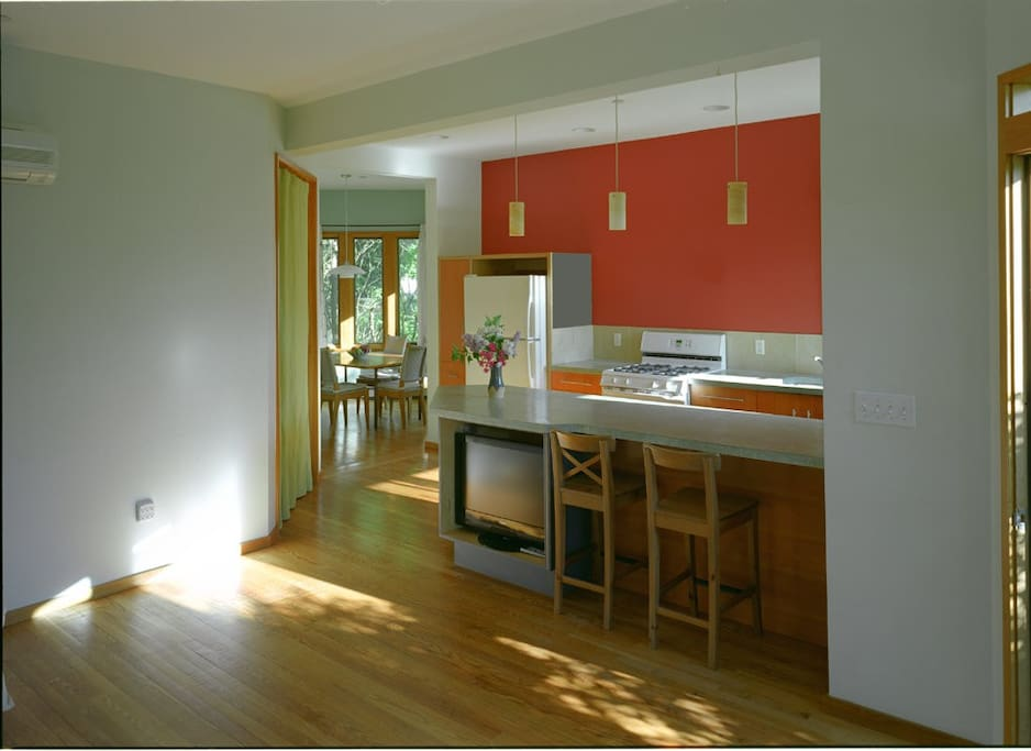 Looking at kitchen / dining from living.