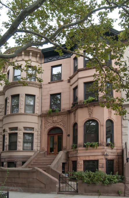 gorgeous brownstone garden flat perfect retreat houses for rent in brooklyn new york united. Black Bedroom Furniture Sets. Home Design Ideas