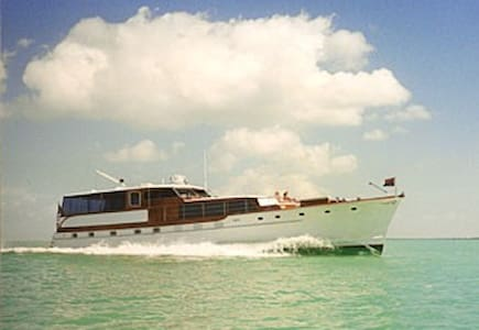 Classic Motoryacht TIRELESS  - Tavernier - Boot