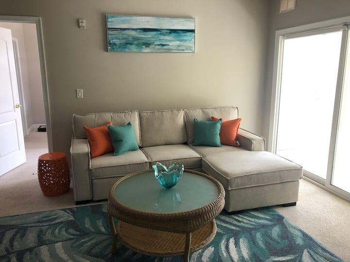New Listing- Beach condo - beach, pool, pool table