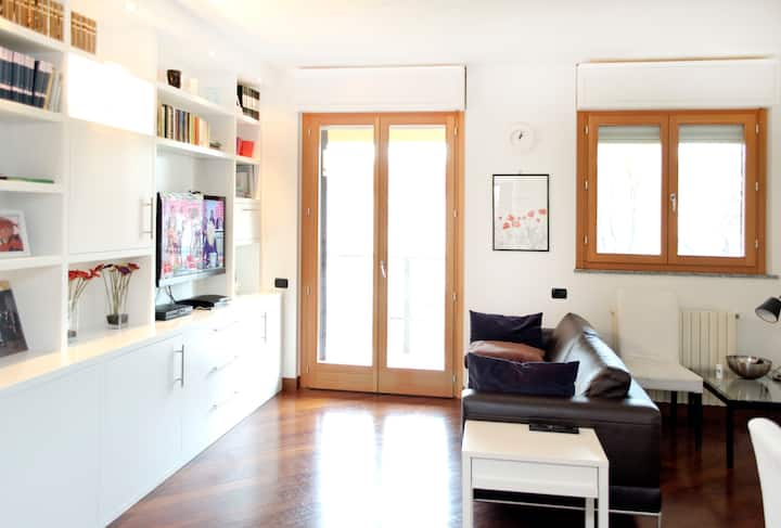 Navigli Design Apartment