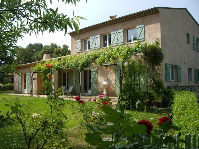 Beautiful Provencal villa - Roquefort-les-Pins - Villa