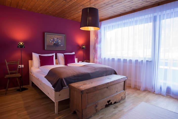 Zirben-Schlafzimmer