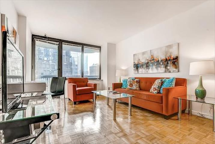 Private Midtown West 1BR Apt near Central Park