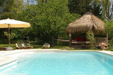 Gite avec piscine , spa , sauna