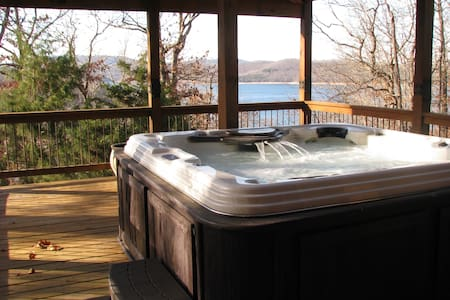 Hot tub! Lake view! Adventures of every kind! - Eureka Springs