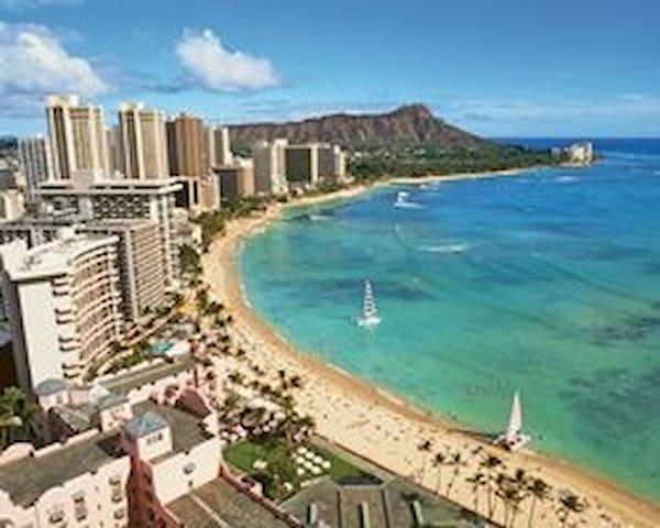 1 BR- Wyndham Waikiki Beach Walk