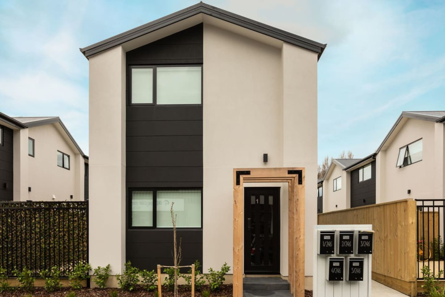 Key To The City - Christchurch Holiday Home
