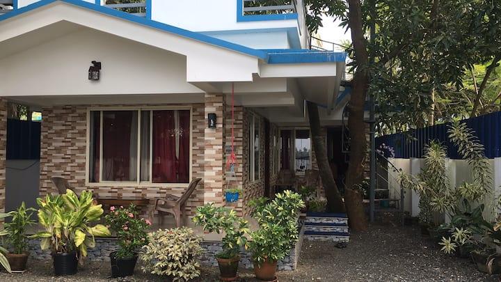 Villa Maya Cherai [Lake Front]