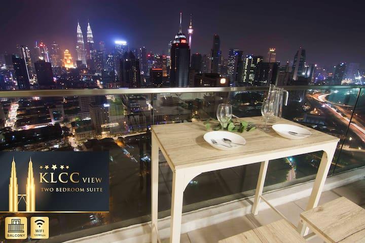 Amazing KLCC View 2BR from Balcony @ Regalia