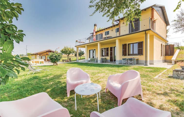 Semi-Detached with 3 bedrooms on 110m² in Fontanile (AT)