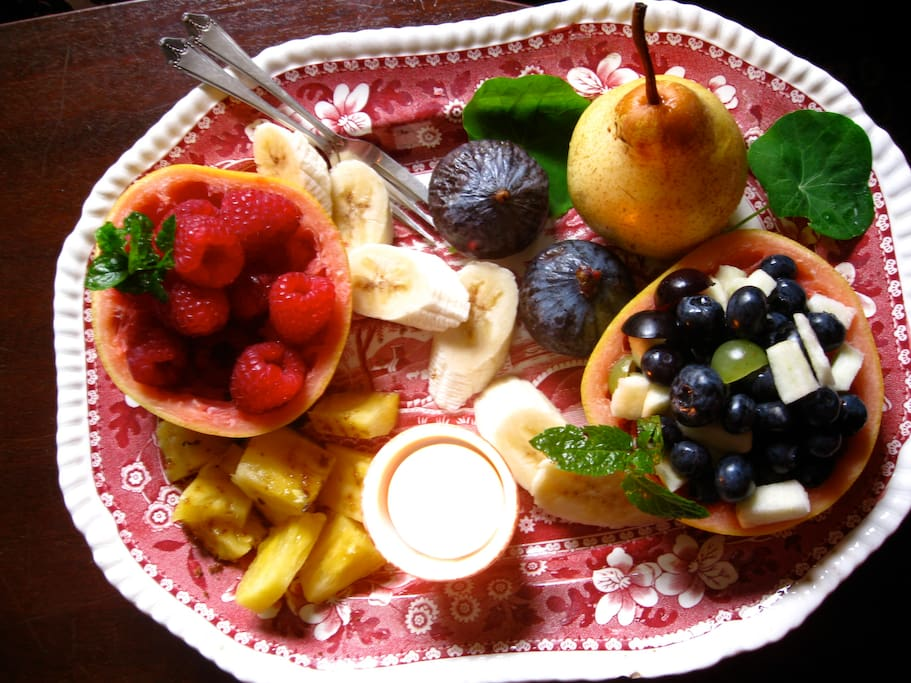 Fruit platter breakfast - but don't worry, you could have a great 'fry-up', or scrambled eggs with smoked salmon, or kippers or poached eggs on potato bread, or Portobello mushrooms on herby toast, with crispy rashers...and other, seasonal delights!