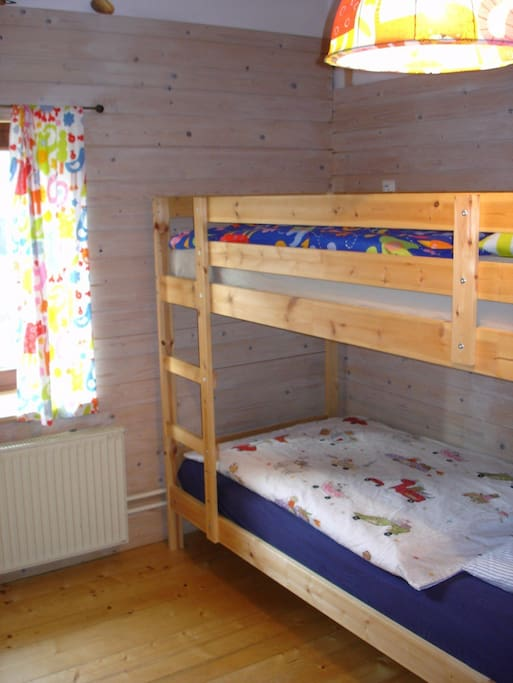 Bunk bed - 2 x 90x200 sleeps two