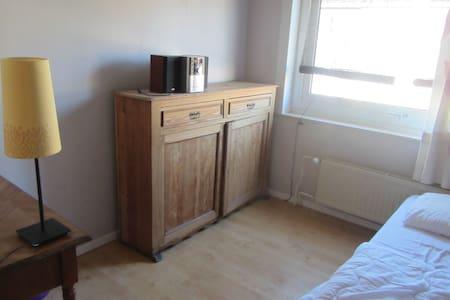 Chambre dans maison - Watermael-Boitsfort