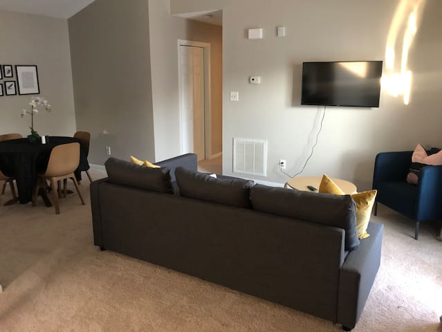 Comfort & Convenience near airport in Newport News