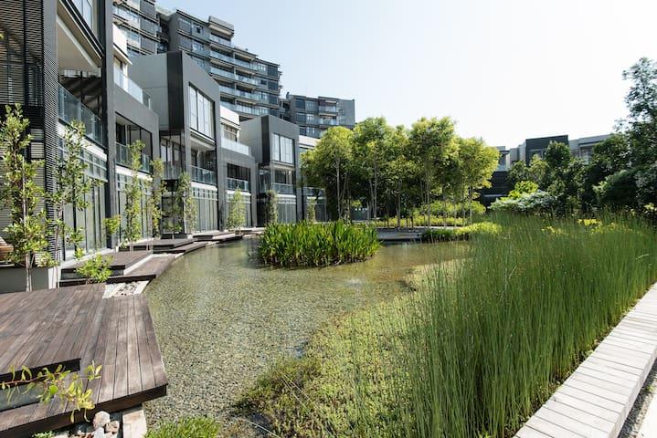 Modern Apartment by Putrajaya Lake - Cyberjaya - Kondominium