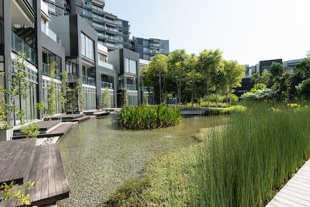 Modern Condo by Putrajaya Lake - 사이버자야 - 아파트(콘도미니엄)