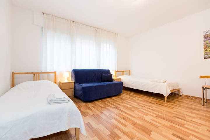 2 rooms, 5 betts, kitchen, parking, wlan - Colónia - Apartamento