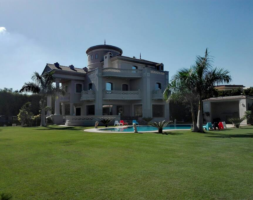 The Heavenly Lakeview Villa near Alexandria's airport