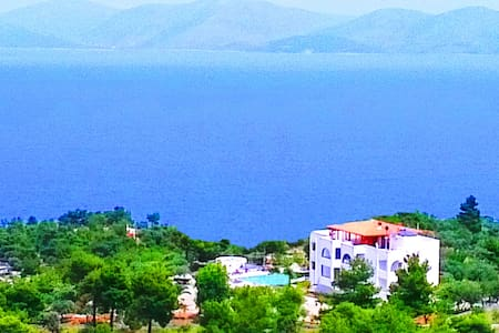 10 bedrooms villa with private pool - Grammatiko