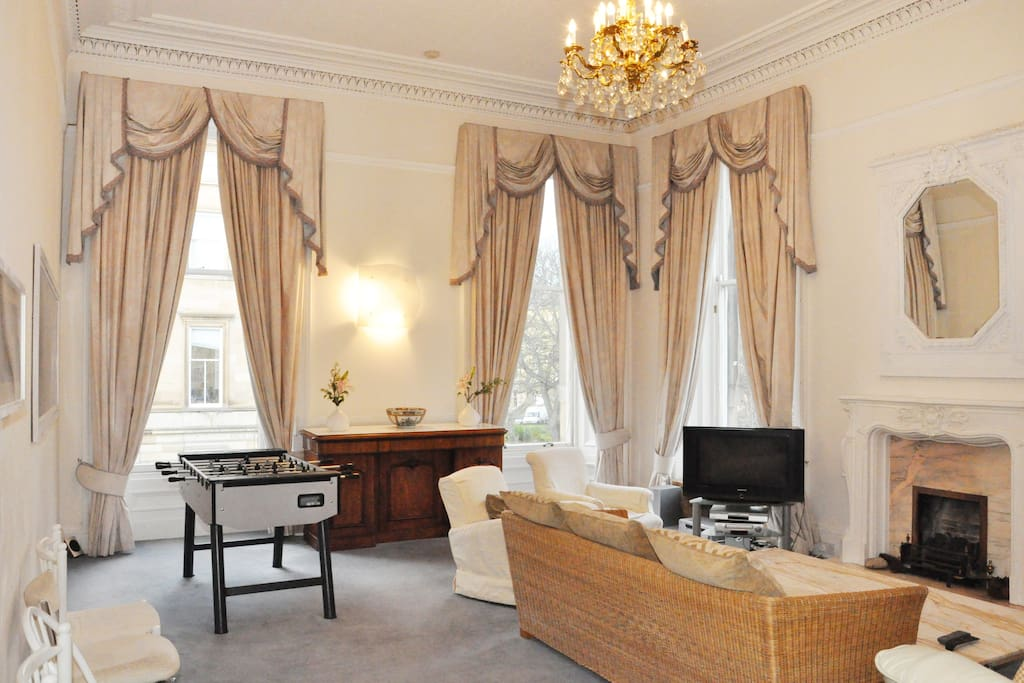 Elegant Stylish Central 5 Bed TownHouse +fast wifi - Houses for Rent in Edinburgh, United Kingdom