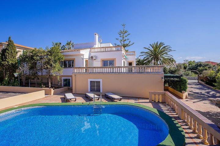 Villa with private pool in Badia Blava, close to the sea