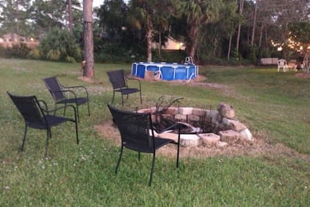 SPACIOUS 5TH WHEEL ON OUR OPEN LAND - Loxahatchee