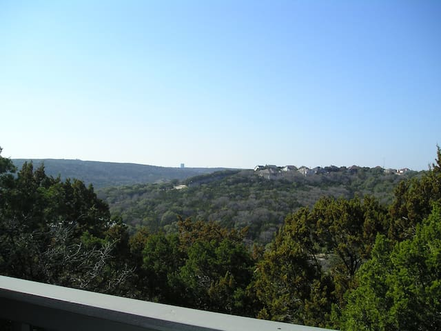 Close in Hill country views NW