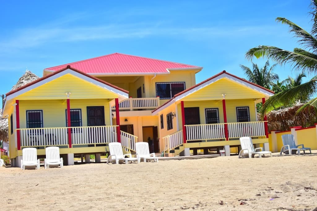 White Horse Guest House 3 rooms 1 suite and 2 Bungalows