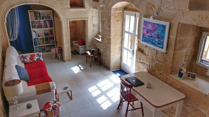 Double Bedroom in Maltese House of Character