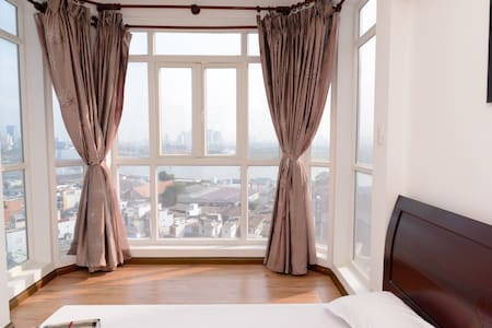 Super 90m2 Family Suite Riverview 2BRs- 5m to CBD - Apartment