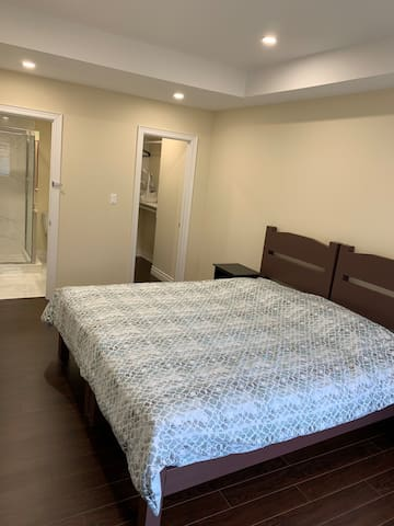 Brandnew cozy suite with attached private bathroom