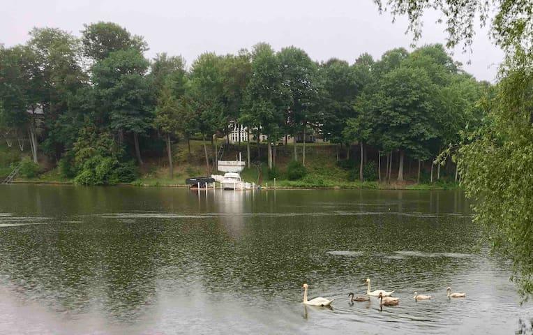 SERENITY AT WATERS EDGE GRAND HAVEN, SPRING LAKE