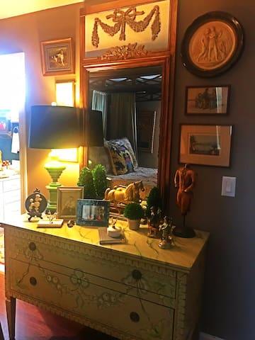 Private Guest Floor Bedroom furnishings