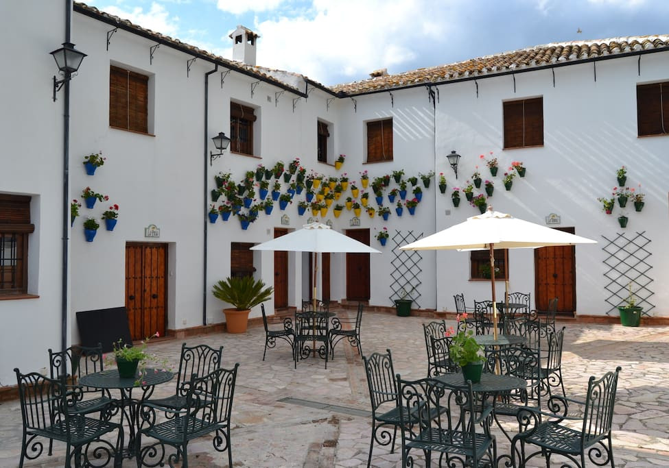 Main patio at Cortijo La Presa