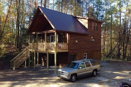 Bella's Fish Creek Cabin - Greig - Blockhütte