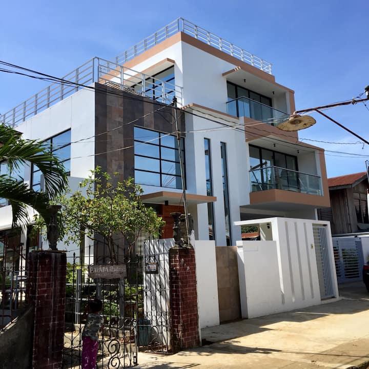 The Glasshouse Vigan by Villa Parada Suites