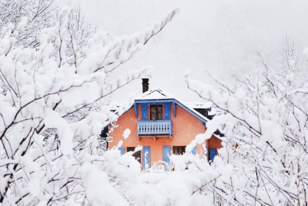 2 single drus the gingerbread house chambres d 39 h tes louer chamonix mont blanc rh ne. Black Bedroom Furniture Sets. Home Design Ideas