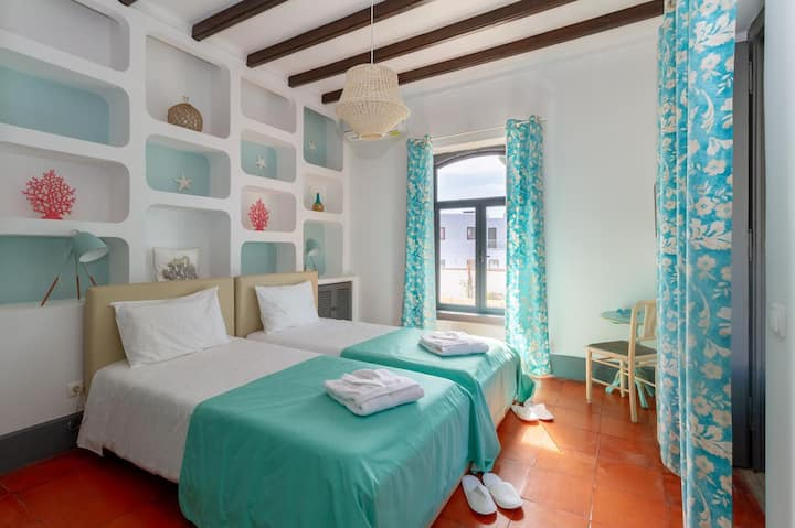 Santo António's GuestHouse - Suite Maldivas