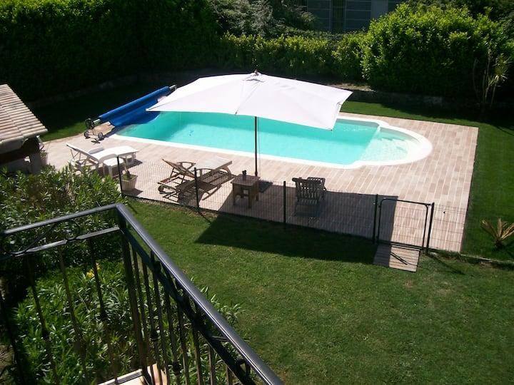 Haut de villa sur la Côte d'Azur