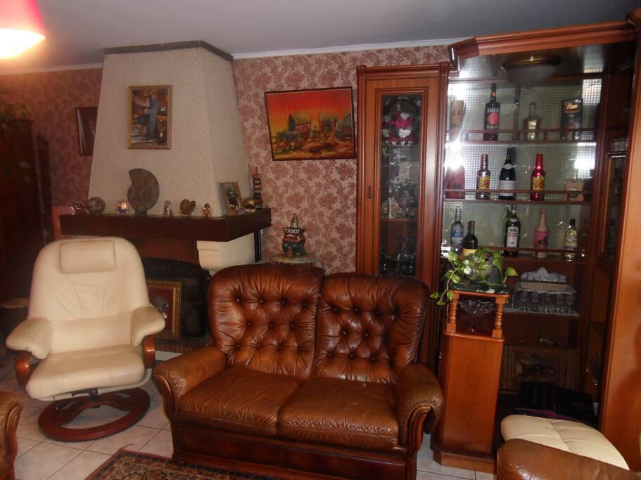 maison plain pied 5min bordeaux houses for rent in talence aquitaine france. Black Bedroom Furniture Sets. Home Design Ideas