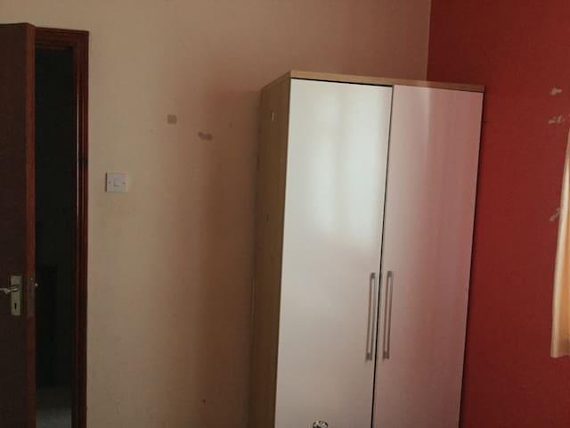 Female single or twin room