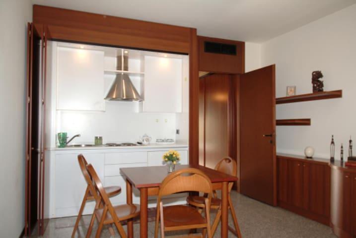 Milan fair apartment 4  tourist too