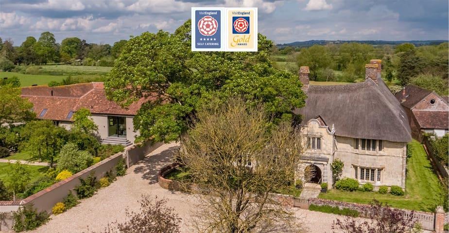Hammoon Manor Barn -  Pure Luxury in Dorset
