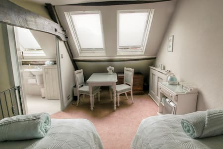 Waterside Cottage Bed and Breakfast - 纳尔斯伯勒(Knaresborough) - 住宿加早餐