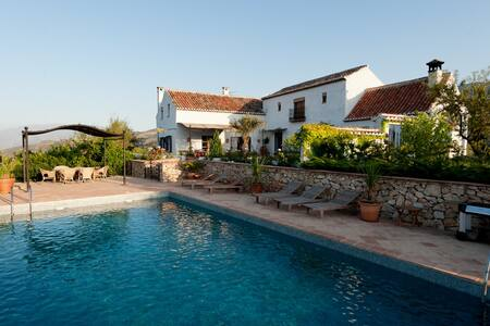 Luxury Hill Top Villa near Granada  - Restábal