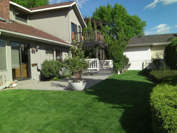 LAKE CHELAN VACATION HOME