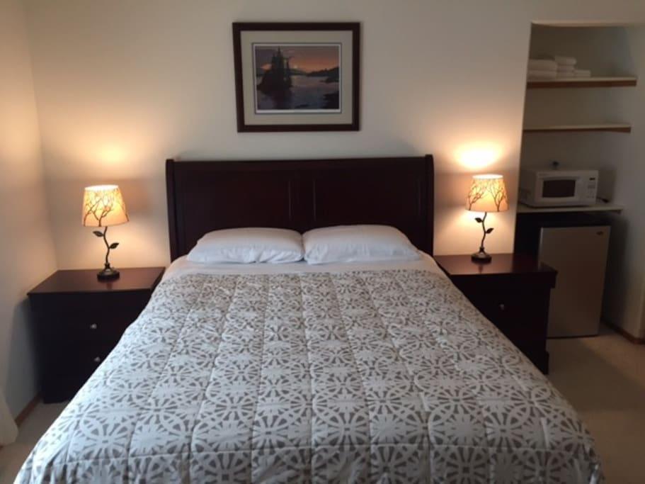 Cassiar Queen Suite
