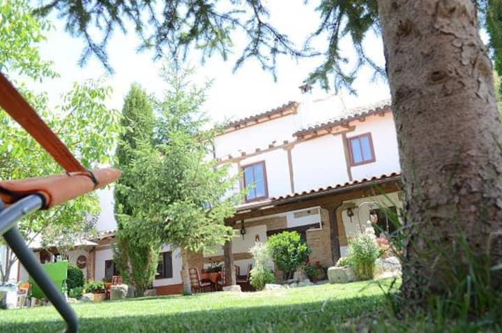 Rural Country houses La Pequeña A y B