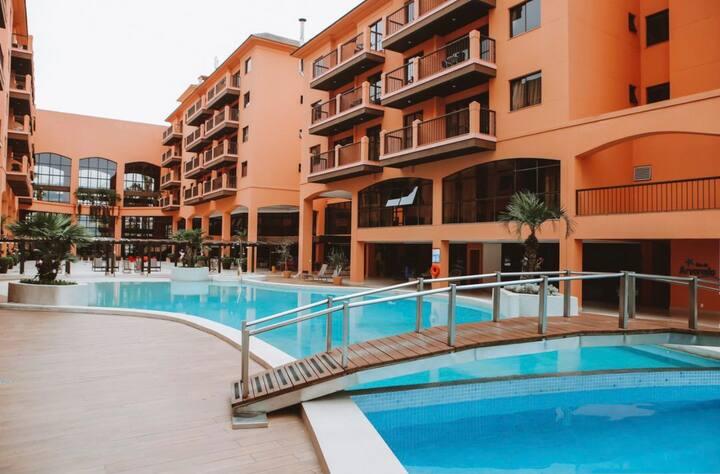 Suíte Luxo Pé na Areia- Hotel Jurerê Beach Village
